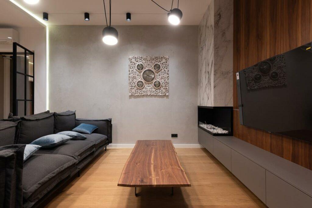 Parkettboden in kompaktem Wohnzimmer